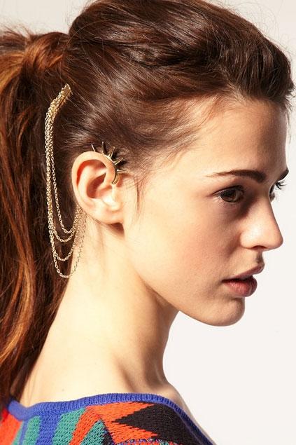 spike-embellished-chain-detail-earrings