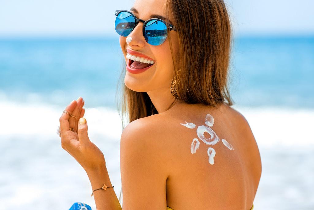 Proteggere la pelle durante l'estate: 7 regole d'oro