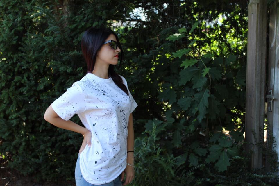 Il fascino della t-shirt bianca
