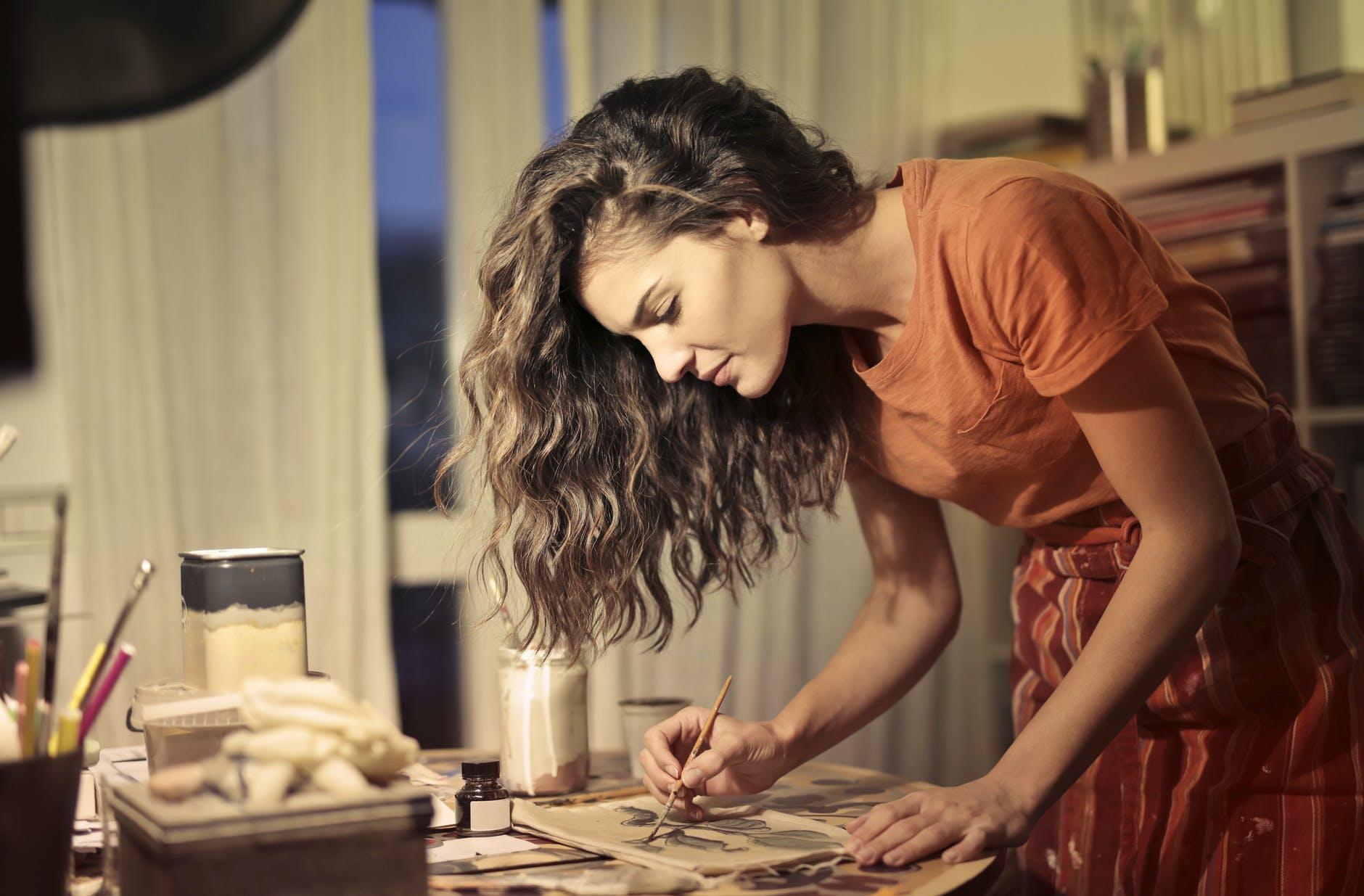 Artigianato e imprenditoria al femminile:  Online i prodotti lifestyle di designer e creative italiane indipendenti